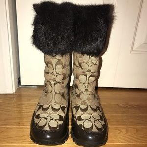 Coach winter boots with fur trim